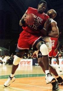 NBA停摆史:1964年闹剧首演 1998年灾难降临