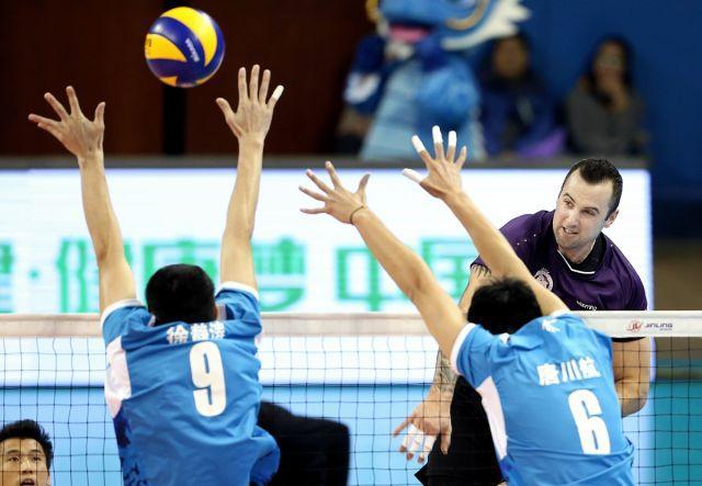 上海男排3-0轻取八一 联赛半决赛先拔头筹