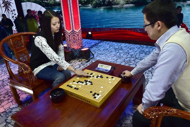 业余围棋赛比例逐年增多 草根盛筵登上大雅之堂
