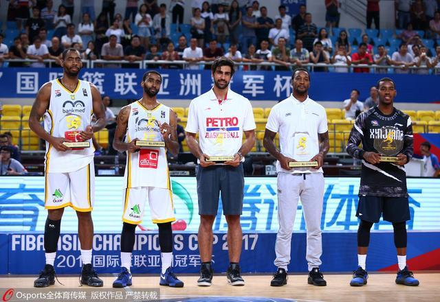 2017篮球亚冠最佳阵容:亚当斯领衔三CBA旧将