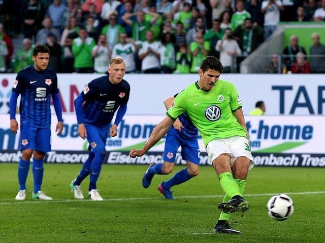 德甲附加赛-狼堡1-0小胜占得先机 戈麦斯点杀
