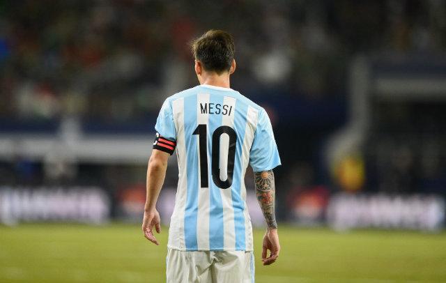 曝梅西将重返国家队 率队战2018俄罗斯世界杯