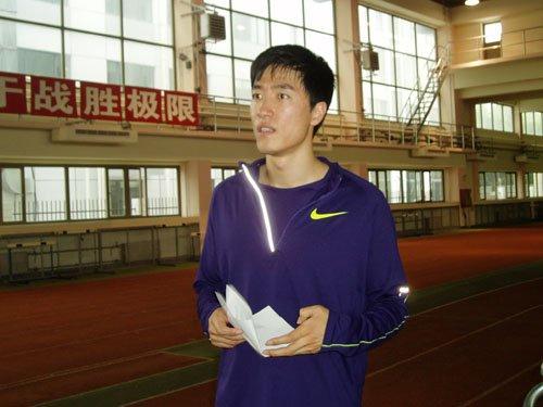 孙海平:脚伤影响刘翔状态 跑进13秒56就很好