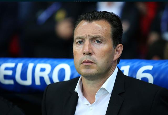 比足协宣布威尔莫茨下课 大赛战绩欠佳是主因