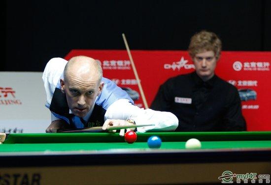 中国赛艾伯顿5-3胜罗伯逊 半决赛将战丁俊晖