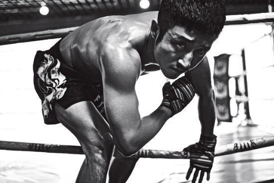 邹市明忆拳击生涯 11月将争职业拳王拳释梦想