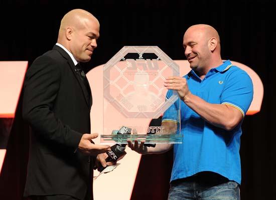奥尔蒂兹进入UFC名人堂 人民冠军享王者礼遇