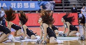 高清:篮球宝贝活力无极限 身材火辣热情舞动