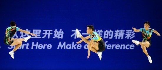 中国健美操主帅赛后落泪 队员不解裁判给低分