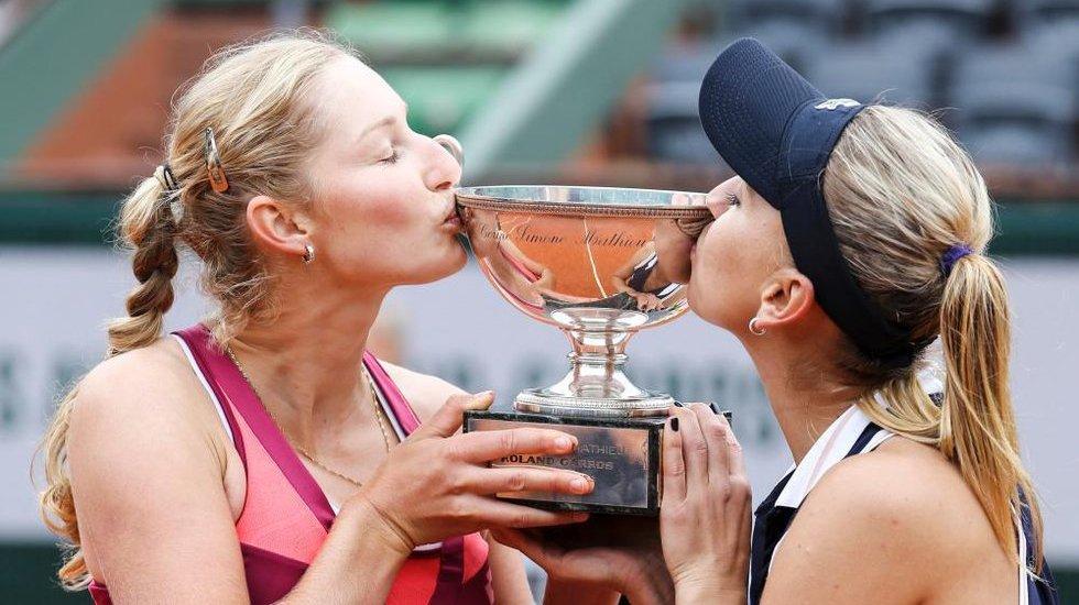 2013法网女双冠军―维斯尼娜/马卡洛娃