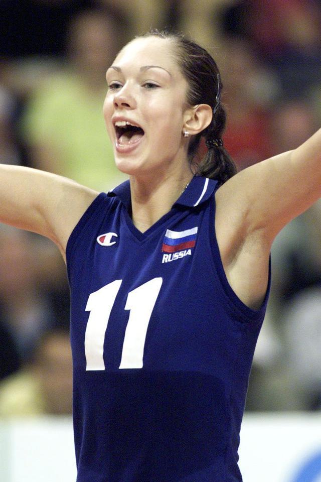 俄罗斯排球美女重回队
