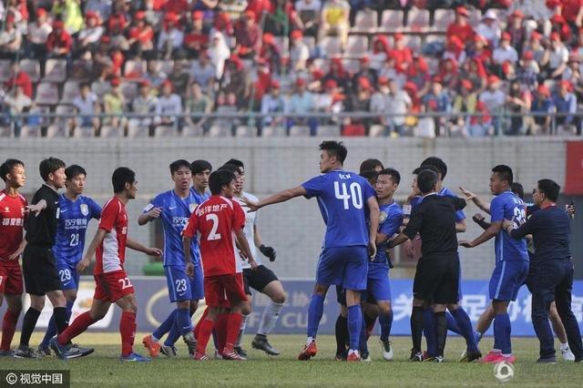 武汉宏兴的球场作风屡遭质疑