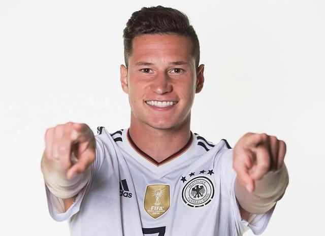 德国已锁2018世界杯铁打真核 队长袖标就该归他