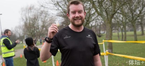 心脏骤停未成跑步阻碍 出院后完成100次公园跑