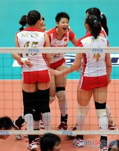 中国女排抵达澳门 王宝泉称比赛派大梅首发