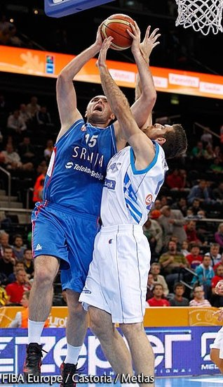 希腊力克塞尔维亚争第五 获伦敦奥运落选资格