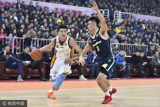 上海宣布签下CBA两届三分王 已续约宝岛内线