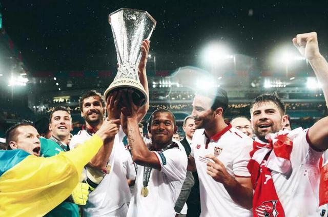 【夜读】教父蒙奇:他将欧联杯变成塞维利亚杯