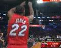 视频:全明星三分大赛 詹姆斯琼斯20分夺冠