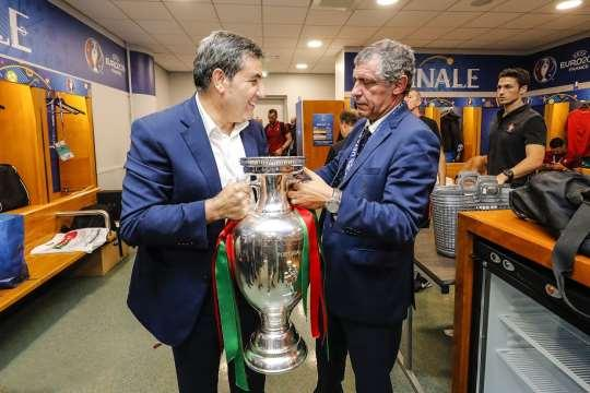 葡萄牙足协宣布续约桑托斯 国安800万欧难挖角