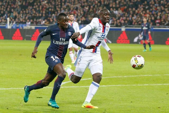 法甲-巴黎2-1里昂联赛4连胜 卡瓦尼梅开二度