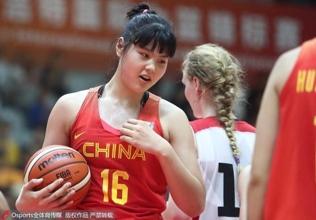 18岁新星入选女篮亚洲杯名单 梦想成为奥尼尔