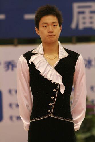 花样滑冰双人滑中国明星之吴家亮