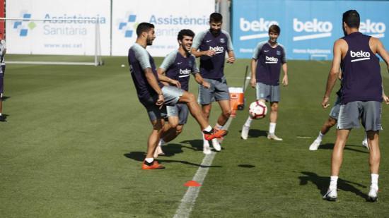 库蒂尼奥和阿图尔缺席训练课