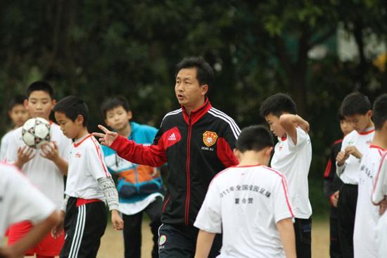 专访邓世俊:冬令营为天赋球员提供提高契机