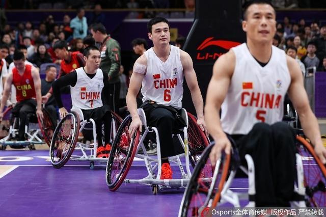 热文:在轮椅上实现篮球梦想!卡特彼勒为每位实干家加油