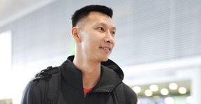 中国男篮现身上海机场