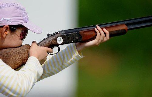 大运女子飞碟双多向120靶个人赛 杨晓辉夺冠