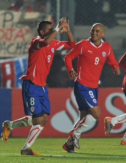 美洲杯-智利2-1逆转墨西哥 德甲妖星头球绝杀