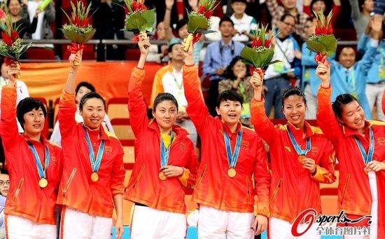 5人上双中国苦战胜韩国 豪取亚运女篮三连冠