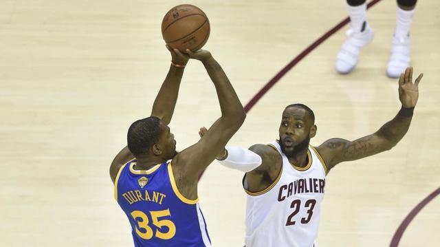 揭秘勇士夺冠内幕 一条短信带来一个篮球王朝