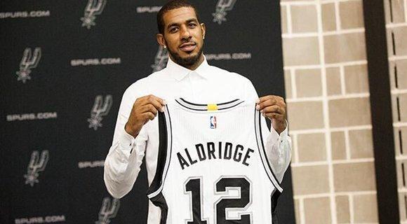 数据揭示阿德是否配马刺 单打王打团队篮球?