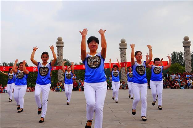 广州研究生调查称:跳广场舞后感冒均少1.3次