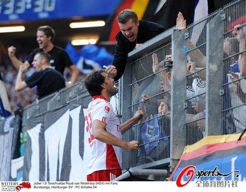 德甲-汉堡2-1沙尔克 范尼2球蒿俊闵打满全场