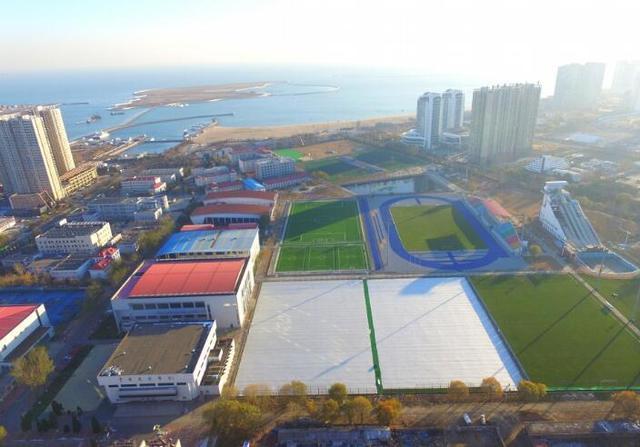 华夏建国内最先进足球基地 佩帅亲提设计意见