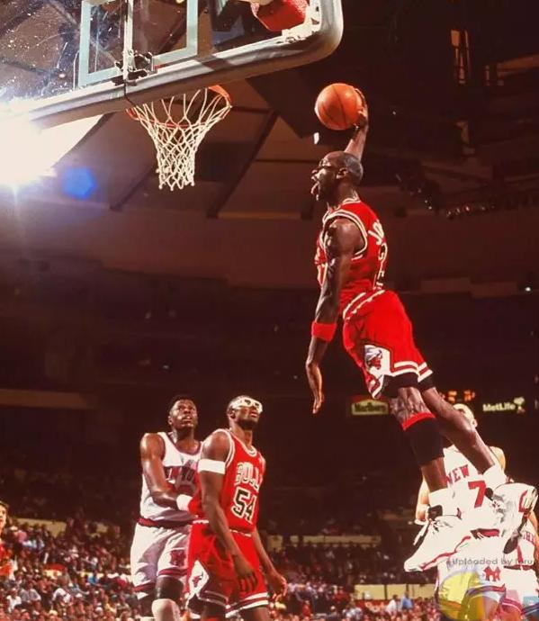 从乔丹到科比到库日天 篮球精神到底是什么?