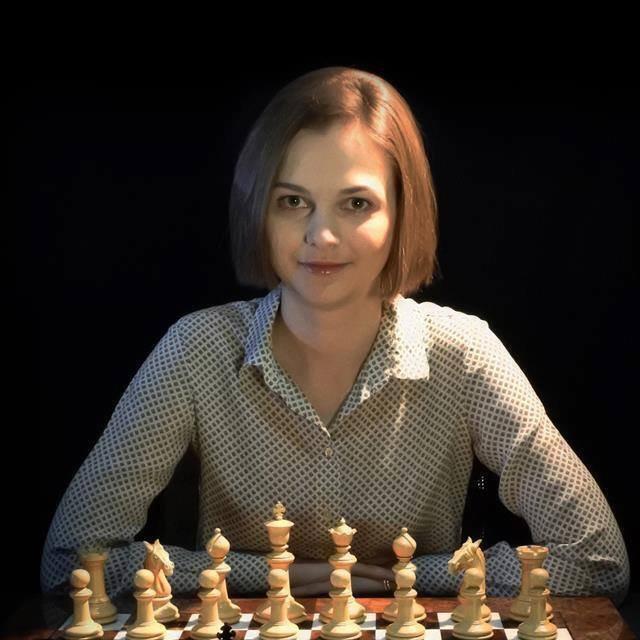 国际象棋冠军拒去沙特参赛:受够了穿长袍戴头巾