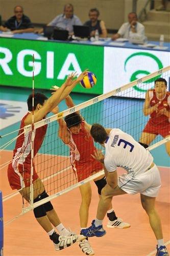 中国男排再遭意大利零封 世界联赛四连败垫底