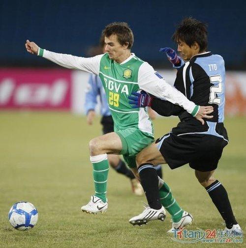 乔尔自推南非:我是进球机器 不怕李玮锋盯防