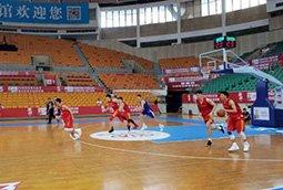 内部教学赛男篮红队击败芬兰队 两人得分上双