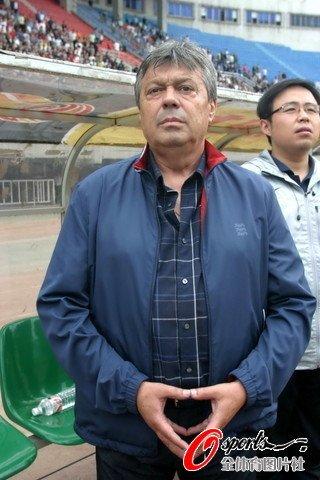 科萨骄傲击败中国最强队 伊万:折两将致被动