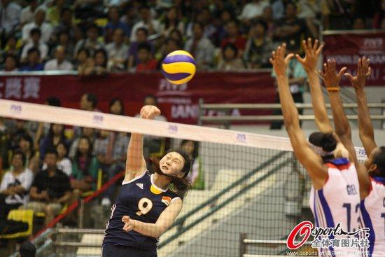 女排大奖赛中国3-0古巴2连胜 朱婷再获得分王