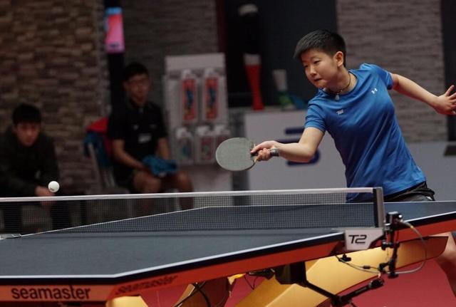 孙颖莎助江嘉良队首战获胜 T2乒乓球联赛大放异彩