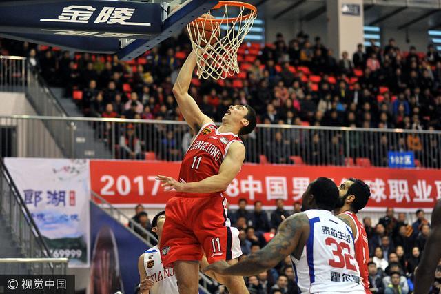CBA季前赛-阿联23分广东大胜北京 广州两连胜