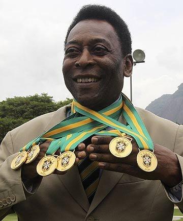 球王贝利40年后再获2殊荣 获补发6枚冠军奖牌