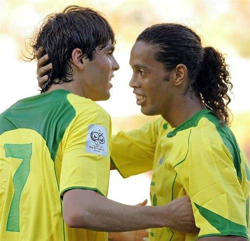张晓舟:小罗卡卡对巴西队已经可有可无